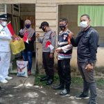 Penyaluran Bansos Kapolda Sumut Kepada Warga yang terdampak Covid-19. Foto: Humas Polres Simalungun.