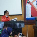 Kaharudin Nasution Dalam membacakan putusan akhir dari rapat Paripurna dok foto istimewa (Roy)
