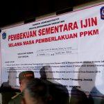 Pemprov DKI Jakarta melalui Satpol PP Provinsi DKI Jakarta kembali memberikan sanksi kepada manajemen Holywings Resto and Bar. Foto: PPID DKI Jakarta