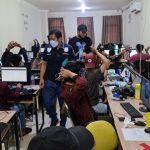Personil Satreskrim Polres Metro Jakarta Pusat Lakukan Penggrebekan Kantor Pinjaman Online di Kawasan Jakarta Barat, Rabu (13/10/2021). Foto: mascipol.com